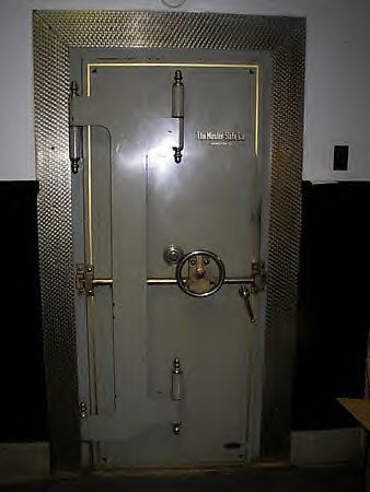History Of The Bank Vault